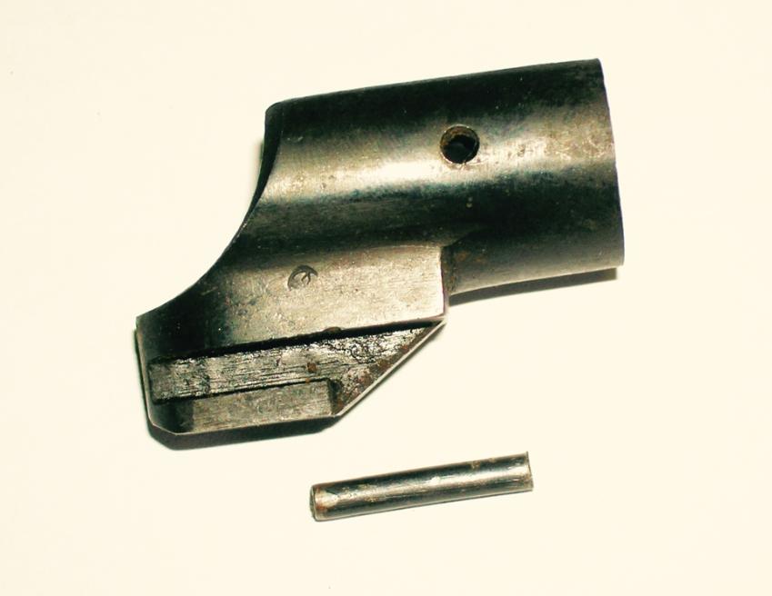 Spanish M43 Bayonet Lug Extension w/ Pin